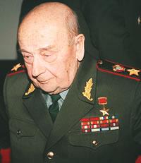 В числе пострадавших от Матиаса Руста был министр обороны СССР маршал Соколов С.Л. Снимок 2005 г. Аркадий Чирятников